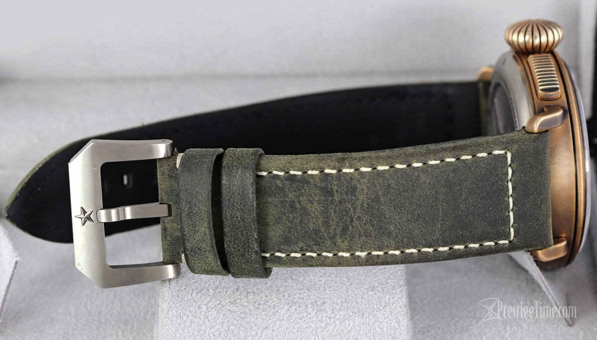 nubuck leather strap in green